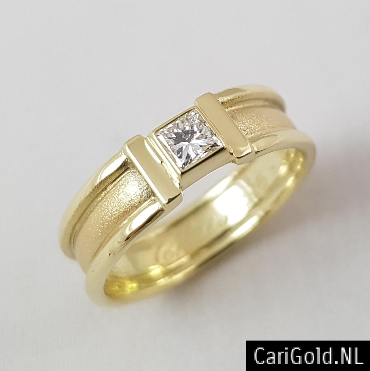 CariGold_nl_ring_14K_Goud_Princess_Diamant
